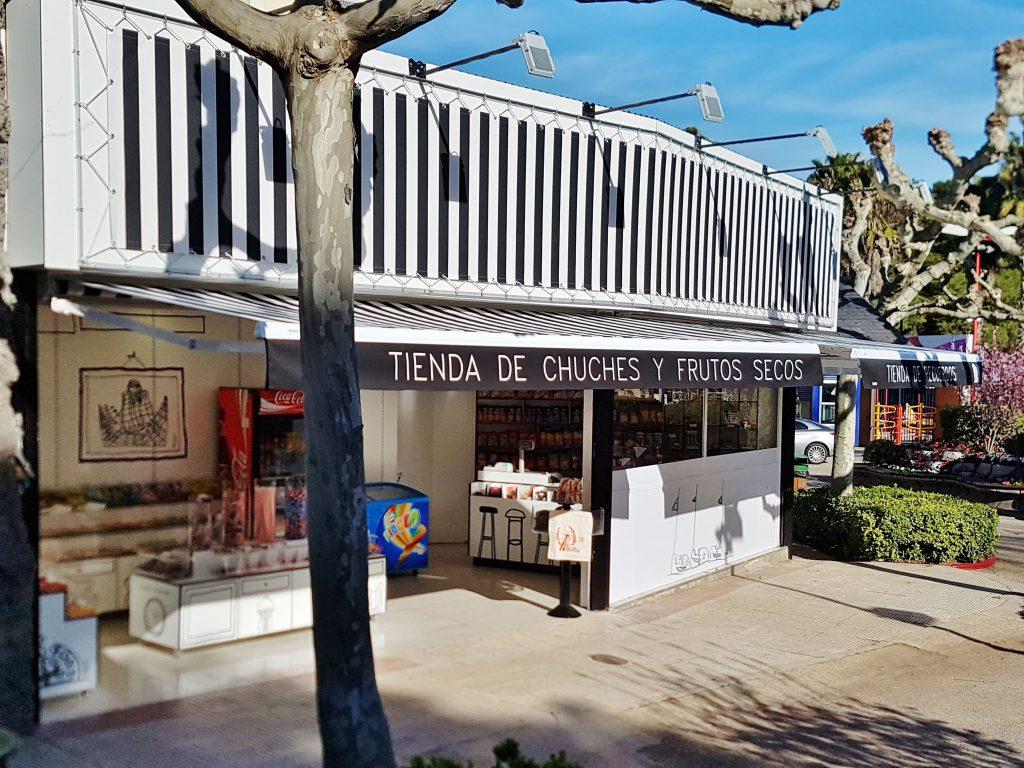 Construcción tienda chuches Parque Atracciones Ámbito d&d